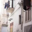 Alessandra tra i vicoli di Palermo